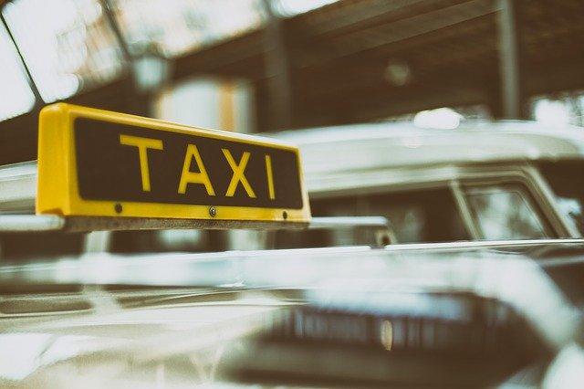 faux taxi